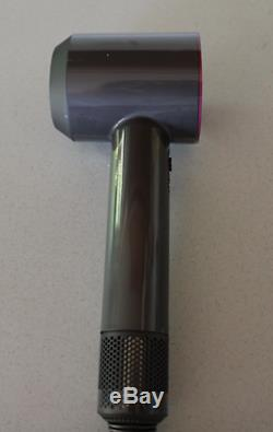 BRAND NEW Dyson Supersonic Hairdryer with2 Nozzles, Diffuser and Cooling Mat