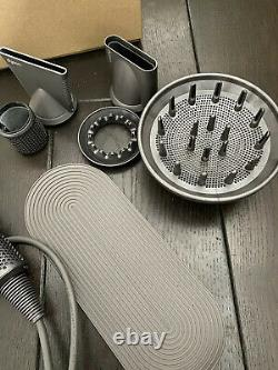 Dyson Supersonic Haartrockner PROFESSIONAL Edition