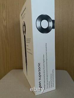 Dyson Supersonic Hairdryer Black & Nickel (excellent condition)