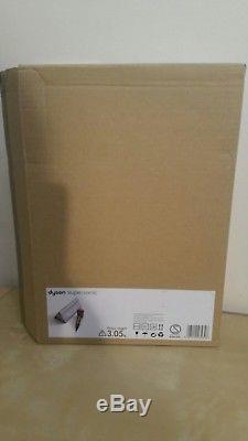 Dyson Supersonic hairdryer Special Edition fuchsia pink + platinum storage bag